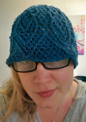 blue diamond crochet beanie_20140614_141647