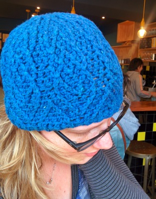 blue diamond crochet beanie_20140615_124345