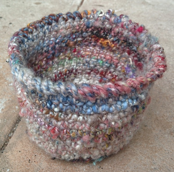 crochet mixed basket_20140724_122859