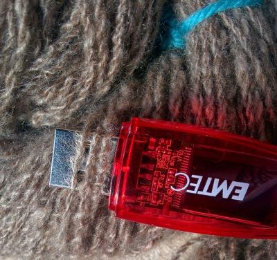 handspun cashmere yarn_20140814_123347