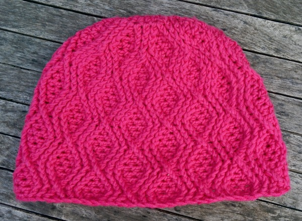 pink cable crochet beanie_20140831_123721